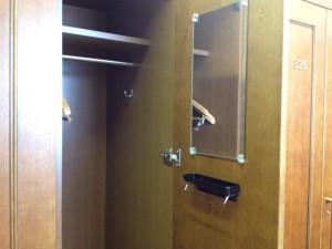 locker_room_3