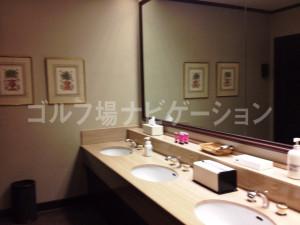女性用トイレ1