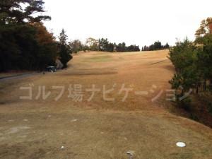 箕面ゴルフ倶楽部_アウトコース_7番ティグランド