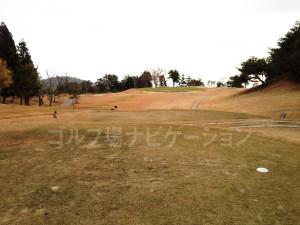 箕面ゴルフ倶楽部_アウトコース_8番ティグランド