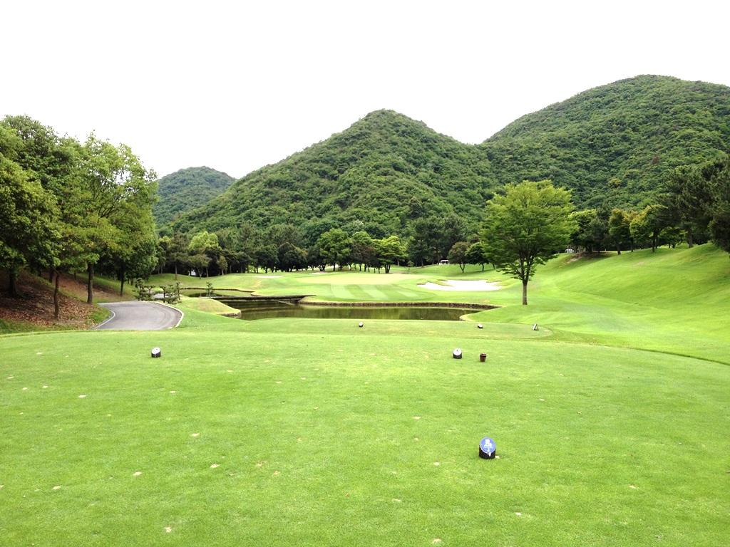 マダムJゴルフ倶楽部 OUTコース 5番 ショート