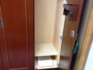 locker_room_5