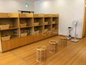 tojo_pine_girls_bath_room_1