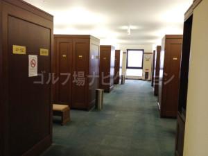 tojo_pine_locker_room_1
