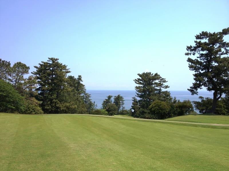 川奈ホテルゴルフコース 大島コース 5番ホール