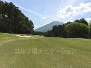 ゴルフを忘れて思わず魅入ってしまいます。