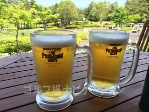 お昼に頂くビールは最高!