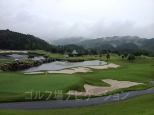 雨の「かさぎゴルフ倶楽部」(2)