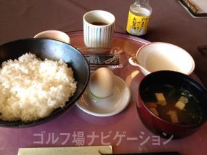 朝食。たまごかけご飯。美味しかったです。