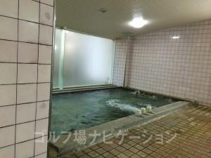 浴槽。温泉です。