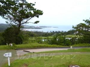 インコース16番ホールのグリーン付近からの眺め