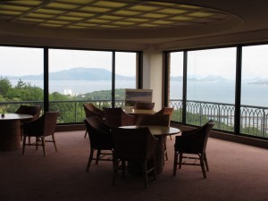 2階から眺める瀬戸内海の風景