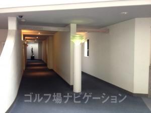 ロッカールーム入口