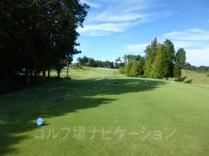 富士スタジアムゴルフ倶楽部 北コース INコース14番ミドルホール、バックティからの眺め