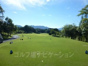 富士スタジアムゴルフ倶楽部 北コース INコース15番ミドルホール、バックティからの眺め