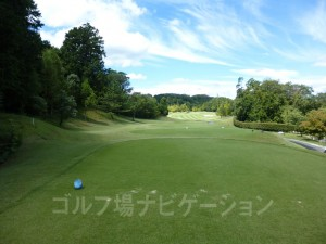 富士スタジアムゴルフ倶楽部 北コース OUTコース3番ミドルホール、バックティからの眺め
