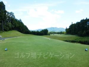 富士スタジアムゴルフ倶楽部 北コース OUTコース7番ロングホール、バックティからの眺め
