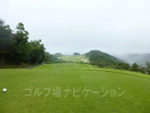 Kochi黒潮カントリークラブ 太平洋コース3番ホール、レギュラーティからの眺め