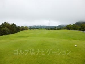 Kochi黒潮カントリークラブ 太平洋コース6番ホール、レギュラーティからの眺め