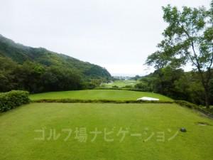 Kochi黒潮カントリークラブ 太平洋コース7番ホール、バックティからの眺め。トーナメントで使用するティです。