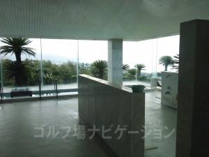お風呂場からも海が見えます。