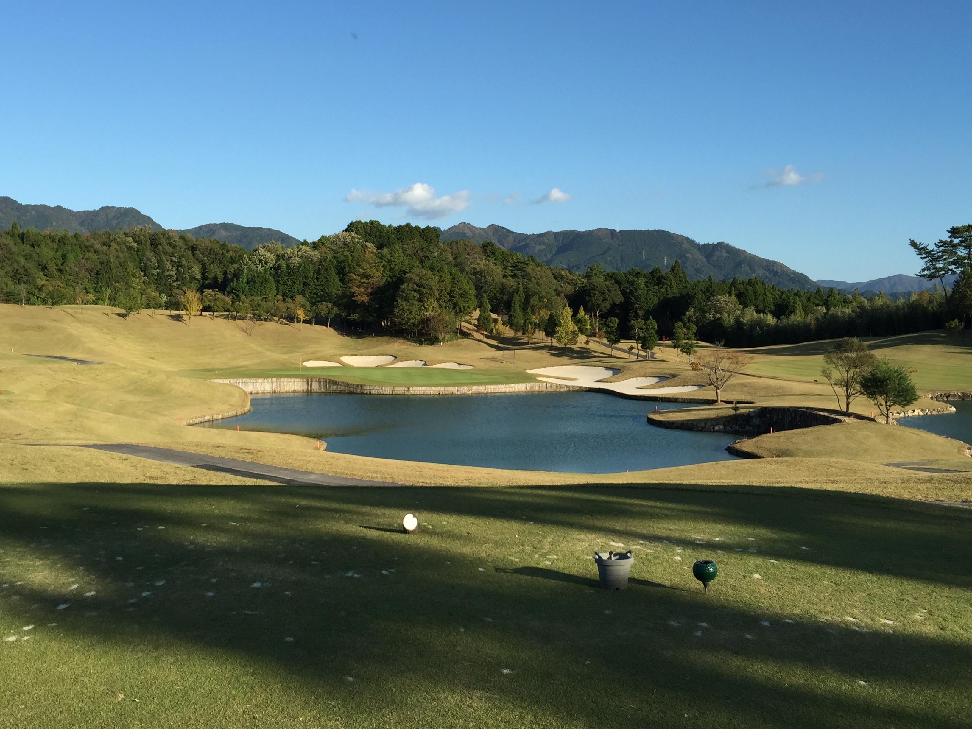 富士スタジアムゴルフ倶楽部・北コース 名物17番ショートホール