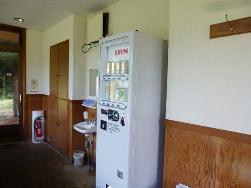 茶店には自動販売機