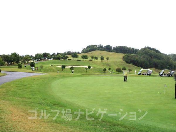 京都 かさぎゴルフ倶楽部 練習場 パター練習グリーン