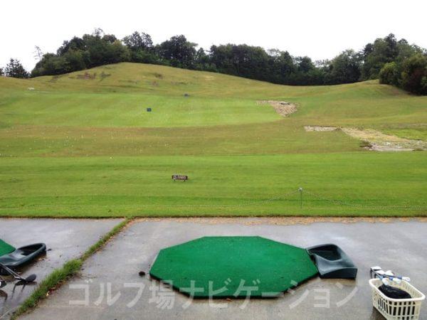 京都 かさぎゴルフ倶楽部 練習場 ドライビングレンジ
