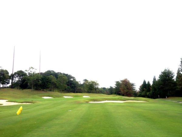 霞ゴルフクラブ OUTコース 2番ホール