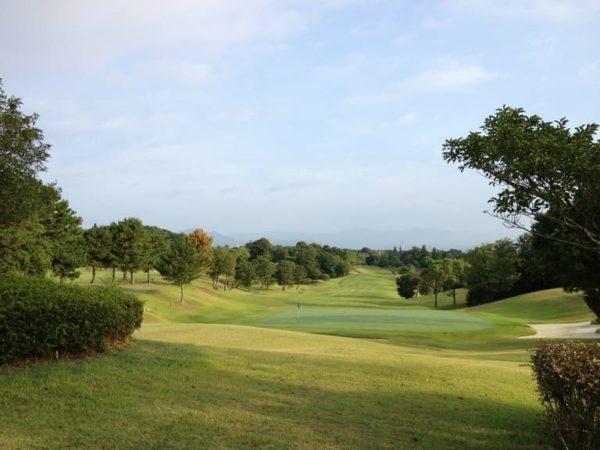 三重 霞ゴルフクラブ