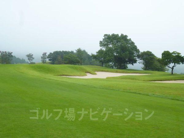Kochi黒潮カントリークラブ 暖流コース 4番ホール グリーン ガードバンカー