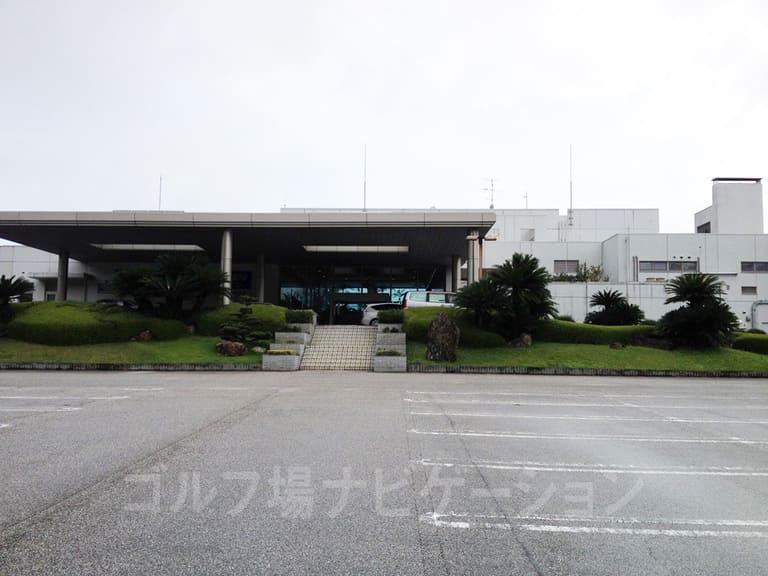 Kochi黒潮カントリークラブ クラブハウス外観