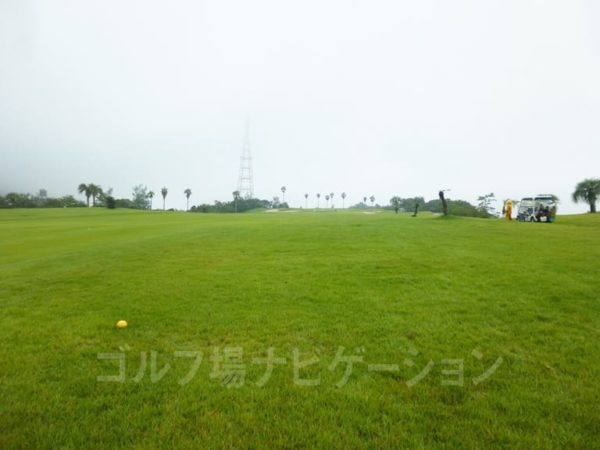Kochi黒潮カントリークラブ 太平洋コース 1番ホール ロングホール 特設ティー