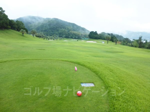 Kochi黒潮カントリークラブ 太平洋コース 4番ホール レディースティ