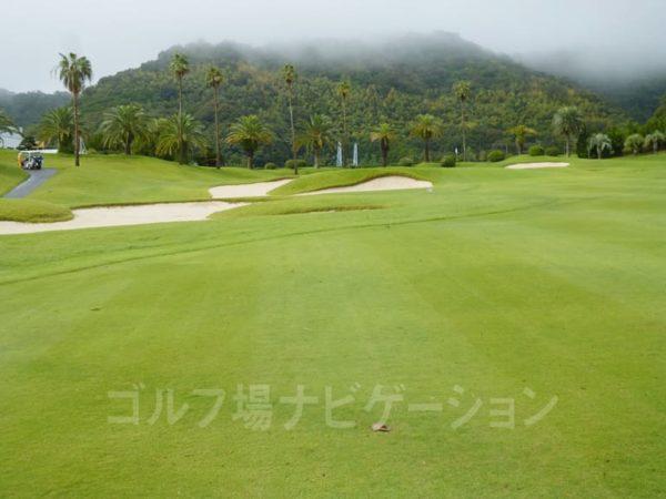 Kochi黒潮カントリークラブ 太平洋コース 9番ホール ガードバンカー