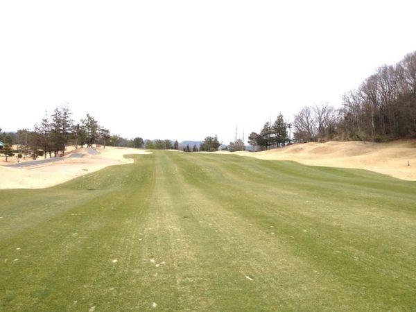 ロータリーゴルフ倶楽部 ニューコース 9番ホール ロングホール