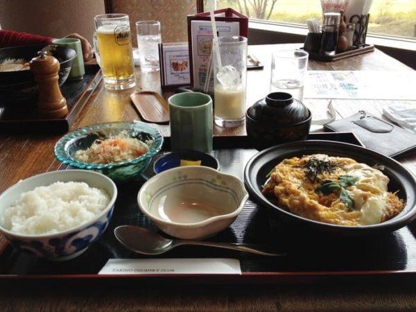滝野カントリー倶楽部 八千代コース レストラン ランチ