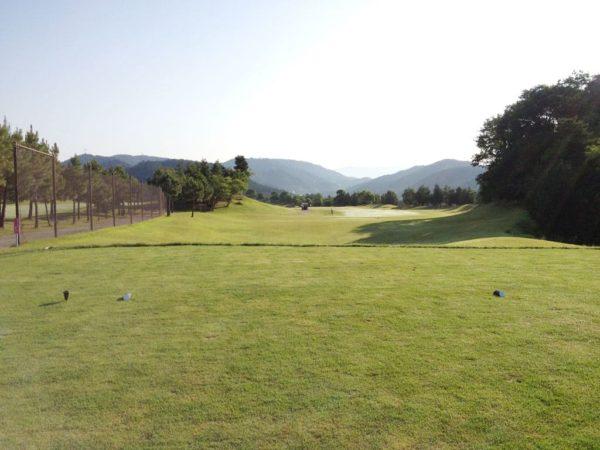 亀岡ゴルフクラブ 1番 ミドルホール