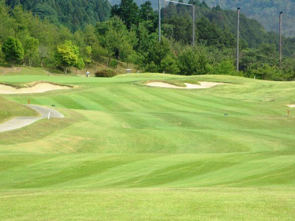 亀岡ゴルフクラブ 18番 ミドルホール