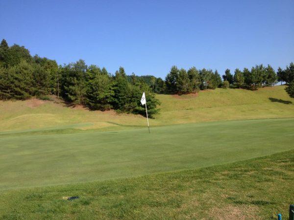 亀岡ゴルフクラブ 2番 ミドルホール