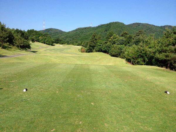 亀岡ゴルフクラブ 8番 ミドルホール