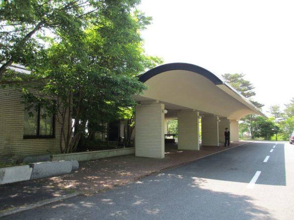 那須国際カントリークラブ クラブハウス 入口